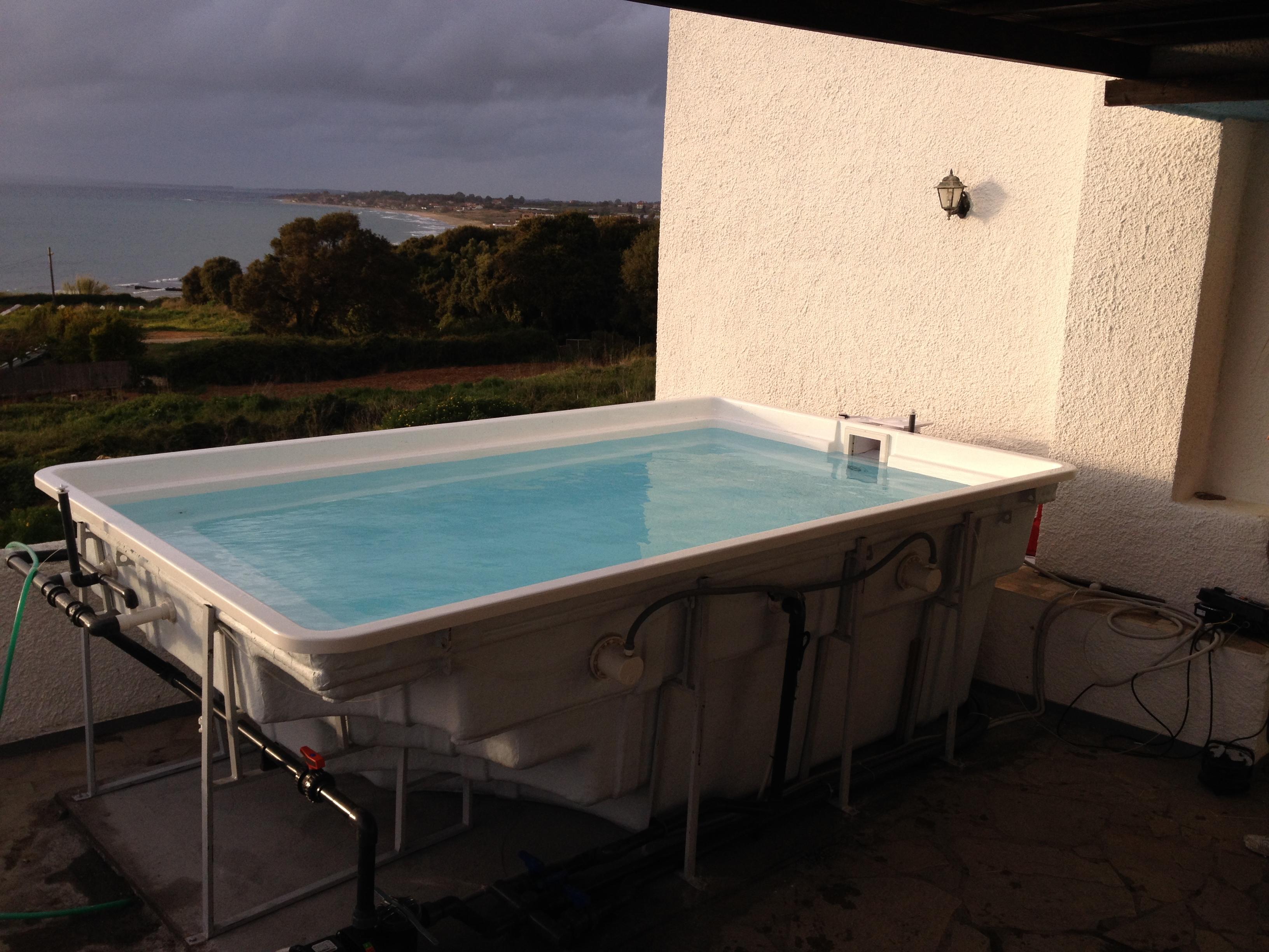 Pool plus spa ypsilon prefabricated swimming pool spa for Premade pools