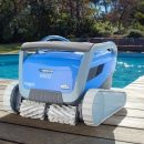 Dolphin M600 Superior Pool Cleaner